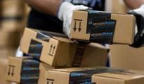 亚马逊又放新招:用运送报纸卡车配送包裹