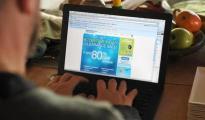 IBM:美国网购星期一销售额同比增长18%