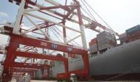中国外贸出口先导指数环比下滑 出口压力仍较大