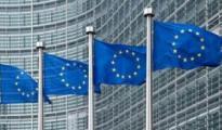 欧盟反垄断专员:并未因偏见调查亚马逊谷歌