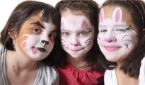 最近这个儿童脸部彩绘套装在亚马逊上卖疯了……