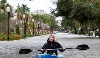 飓风马修侵袭美国南部 跨境包裹也遭殃