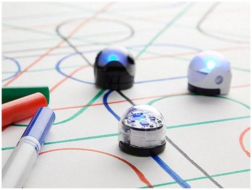 去年亚马逊上机器人玩具卖了2500万,今年热门的会是什么?