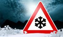 欧洲寒流持续肆虐,冰雪低温天气导致多国交通瘫痪